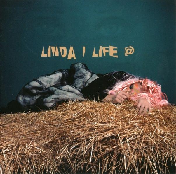 Линда: Live (CD)Линда. Live – концертный альбом Линды, который вышел ограниченным тиражом.<br>