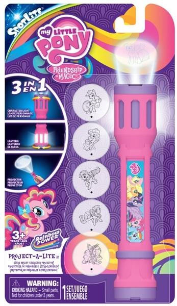 Проецирующий фонарик My Little PonyПроецирующий фонарик My Little Pony с шестью сменными насадками и функцией лампы создан специально для маленьких ценительниц серии Мой маленький пони.<br>