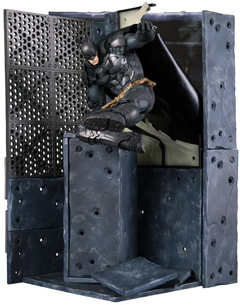 Фигурка DC Comics: Batman Arkham Knight (25 см)Представляем вашему вниманию фигурку DC Comics. Batman: Arkham Knight из новой серии «Batman Arkham Knight» от Kotobukiya.<br>