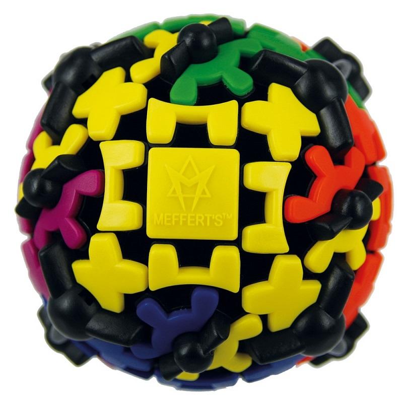 Головоломка Шестеренчатый шарПредставляем вашему вниманию головоломку Шестеренчатый шар, основанную на одной из самых ярких идей последнего времени – использовать свойства шестеренок в механических головоломках, подобных кубику Рубика.<br>