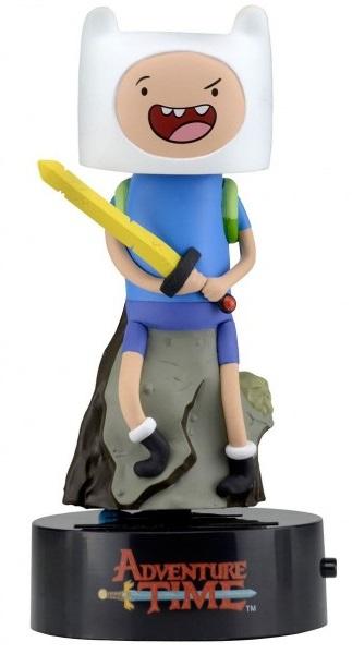 Фигурка на солнечной батарее Adventure Time. Finn (15 см)Представляем вашему вниманию фигурку-телотряс Adventure Time на солнечной батарее. Finn, выпущенную по мотивам мультсериала Время Приключений. Фигурка-телотряс работает от солнечной батареи и начинает трясти телом при достаточном освещении. Дополнительных батареек не требует.<br>