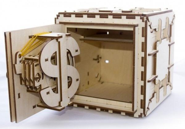 Конструктор 3D-пазл Ugears. СейфПредставляем вашему вниманию конструктор 3D-пазл Ugears. Сейф с трехзначным кодом, который сохранит ваши ценные вещи в безопасности.<br>