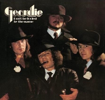 Geordie. Dont Be Fooled By The Name (LP)Представляем вашему вниманию альбом Geordie. Dont Be Fooled By The Name, второй альбом английской хард-роковой группы Geordie, изданный на виниле.<br>