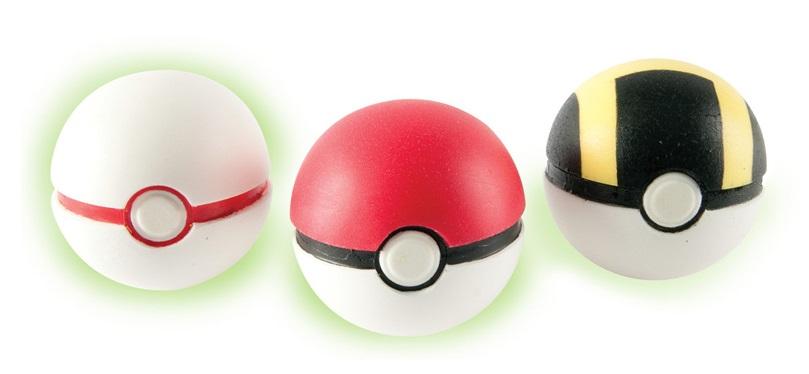 Набор фигурок Pokemon: Throw'n'Catch PokeballНабор Throw'n'Catch Pokeball включает в себя 3 покебола, сделанных из пенопласта и светящихся в темноте, чтобы играть с ними можно было как днём, так и ночью!<br>