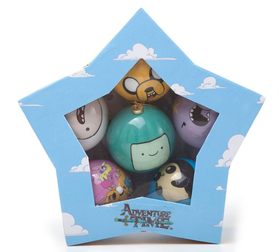 Набор ёлочных шаров Adventure Time (6 шт.)Набор ёлочных шаров Adventure Time создан по мотивам мультсериала Adventure Time (Время Приключений с Финном и Джейком), созданного Пендлетоном Уордом.<br>