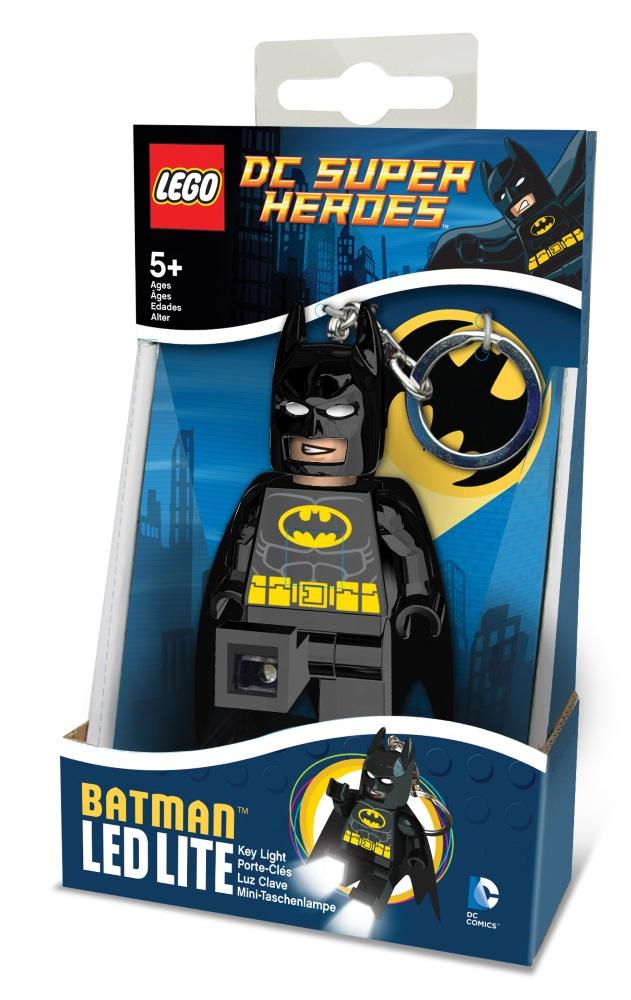 Брелок-фонарик для ключей LEGO DC Super Heroes: BatmanБрелок-фонарик Бэтмен станет прекрасным подарком для поклонников фантастической серии. Моделька выполнена в лучших традициях LEGO и поражает своей проработанностью.<br>