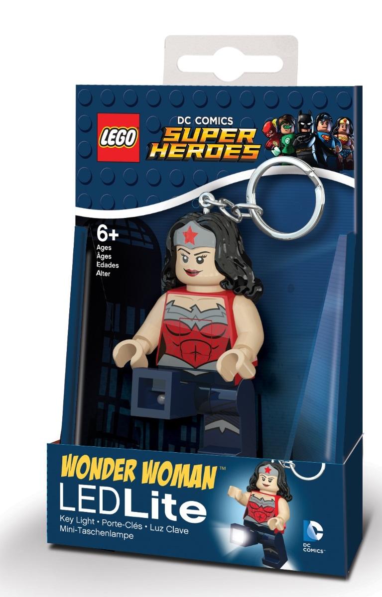 Брелок-фонарик для ключей LEGO DC Super Heroes: WonderwomanБрелок-фонарик Wonderwoman станет прекрасным подарком для поклонников фантастической серии. Моделька выполнена в лучших традициях LEGO и поражает своей проработанностью.<br>