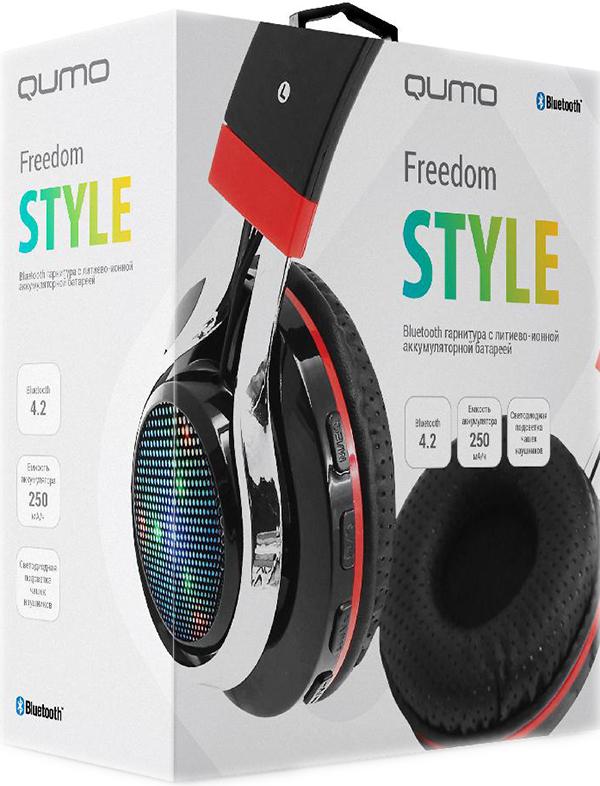 Bluetooth гарнитура Qumo Freedom StyleПолноразмерная и яркая Bluetooth гарнитура Qumo Freedom Style на основе современной версии Bluetooth 4.1. Помимо функции BT, гарнитура оснащена также встроенным приемником FM радио и умеет воспроизводить музыку в формате MP3 с карты памяти формата Micro SD. Трехцветная подсветка чашек  (отключаемая по желанию пользователя) мигает в такт воспроизводимой музыки.<br>
