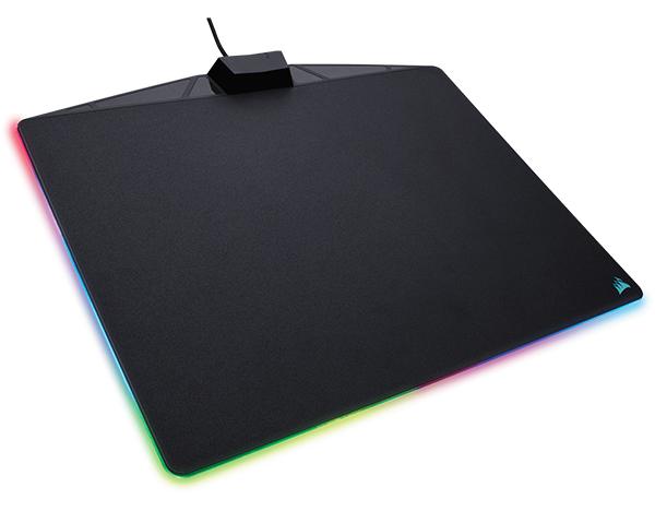 Коврик для мыши Corsair Gaming MM800 RGB Polaris для PCКоврик для мыши MM800 RGB Polaris создан на основе стандартов надежности, отслеживания и точности, существующих в компании Corsair, а также обеспечивает эффект погружения абсолютно нового уровня за счет светодиодной подсветки.<br>
