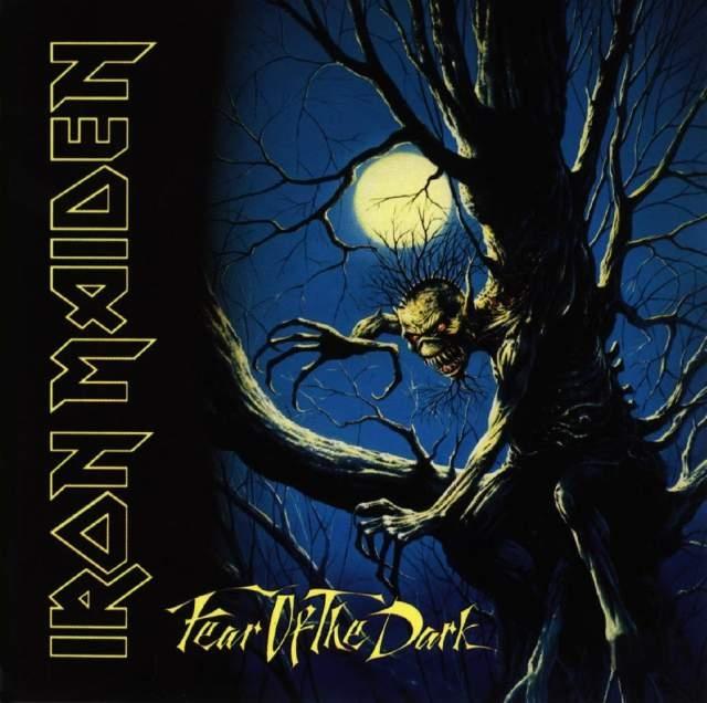 Iron Maiden – Fear Of The Dark (2 LP)Fear Of The Dark считается одним из лучших альбомов группы Iron Maiden, в 1992 году возглавил чарты Соединенного Королевства.<br>