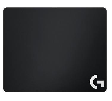 Коврик для мыши Logitech G240 Cloth Gaming Mouse Pad тканевыйКоврик G240 Gaming Mouse Pad имеет идеальную текстильную поверхность для игры с низким разрешением. Мягкая ткань и резиновая основа обеспечивают лучший результат игры.<br>