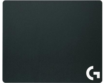 Коврик для мыши Logitech G440 Hard Gaming Mouse Pad пластиковый на резиновой основеТвердая полимерная поверхность коврика G440 с низким коэффициентом трения является идеальной для игр с высокой скоростью перемещения курсора, так как улучшает управление мышью и повышает точность позиционирования курсора. Однородная текстура поверхности повышает точность датчиков, особенно игровых датчиков Logitech G. А резиновое основание и твердая полимерная сердцевина обеспечивают устойчивость.<br>