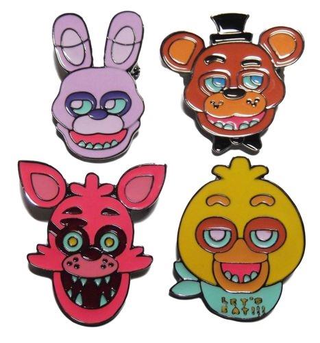 Набор значков Five Nights At Freddys (4 в 1)Набор значков Five Nights At Freddys создан по мотивам мультиплатформенной игры Пять ночей у Фредди, действие которой происходит в пиццерии «Freddy Fazbear's Pizza».<br>
