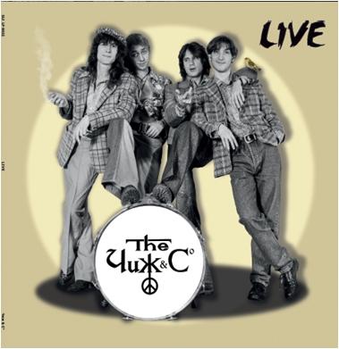 Чиж &amp; Co – Live (LP)Live – концертный альбом группы Чиж &amp;amp; Co, записанный во время выступления в Санкт-Петербурге в 1994 году.<br>