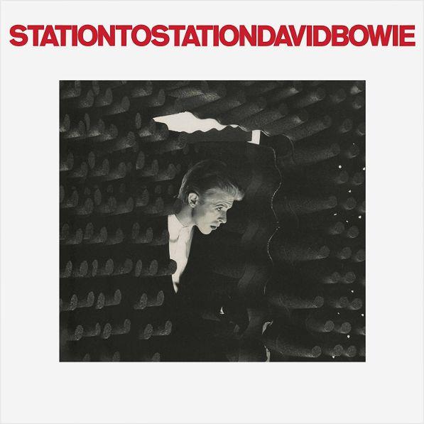 David Bowie – Station To Station (LP)David Bowie – Station To Station – альбом Дэвида Боуи 1976 года, которая представляет движение в сторону электронного звучания и во многом напоминает стиль немецких электронщиков того времени.<br>