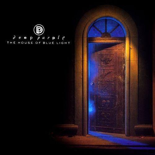 Deep Purple – The House Of Blue Light (LP)Переиздание на 180-грамовом виниле альбома The House Of Blue Light британской рок-группы Deep Purple, вышедшего в январе 1987 года. Пластинка стала 12-й в дискографии группы и второй, которую музыканты записали после воссоединения в классическом составе.<br>