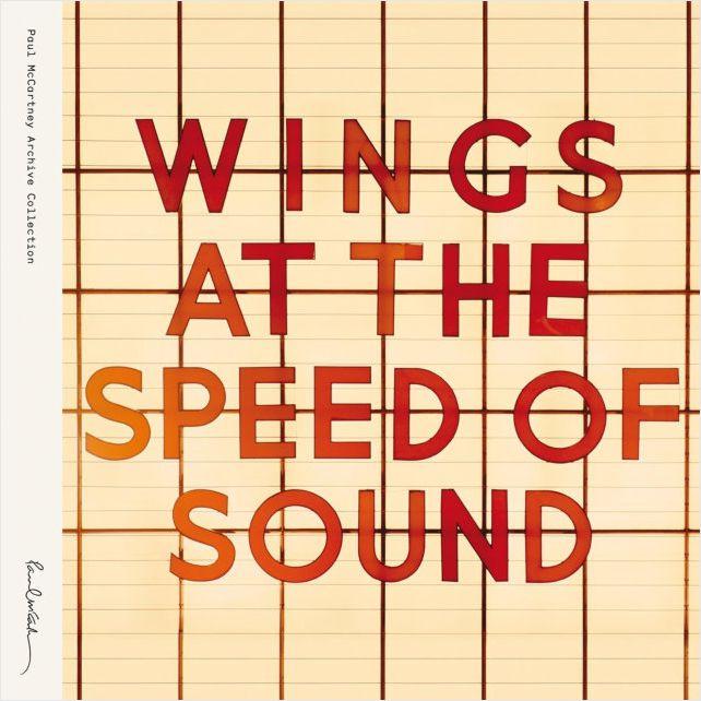 Wings – At The Speed Of Sound (2 LP)У группы Wings под предводительством Пола МакКартни никогда не было неудачных альбомов, и At the Speed of Sound – очередное тому подтверждение.<br>