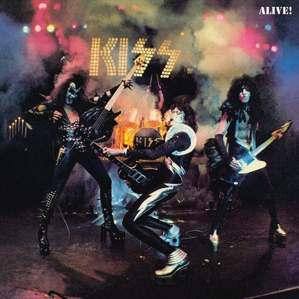 Kiss – Alive! (2 LP)Переиздание альбома Alive! американской рок-группы Kiss. Это первый концертный альбом коллектива, был выпущен в 1975 году.<br>