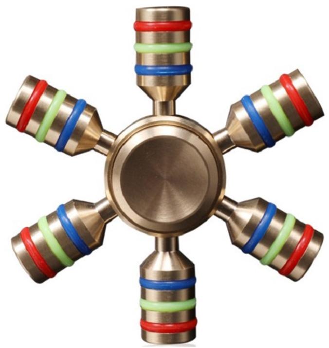 Спиннер металлический: ШтурвалМеталлический спиннер в виде штурвала от Spin Kings – это классная игрушка, которую просто крутят в руках. Функционал ее весьма небольшой, но удовольствие которое она дает – безгранично. Ее можно крутить в руке, крутить в кармане, в метро, в пробке, в очереди…<br>