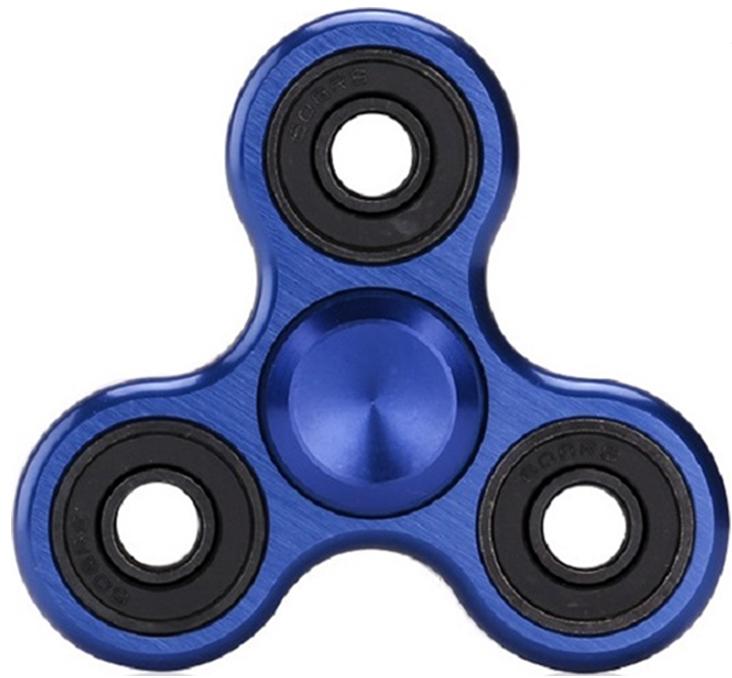 Спиннер металлический: Хром (синий / 4 подшипника)Металлический спиннер синего цвета от Spin Kings – это классная игрушка, которую просто крутят в руках. Функционал ее весьма небольшой, но удовольствие которое она дает – безгранично. Ее можно крутить в руке, крутить в кармане, в метро, в пробке, в очереди…<br>
