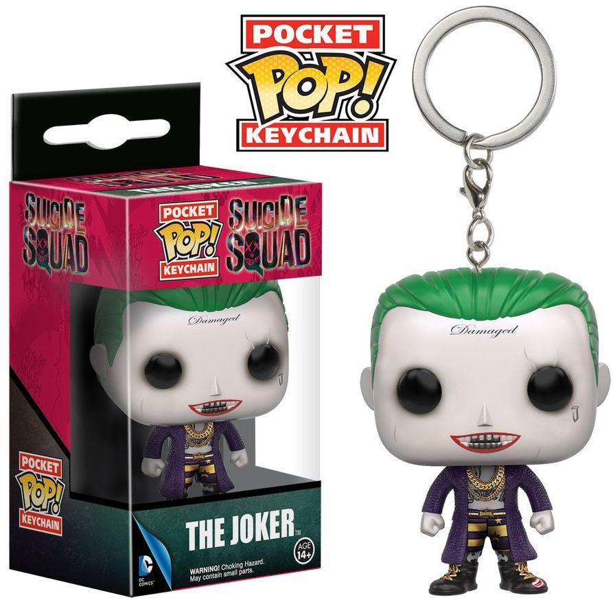 Брелок Pocket POP Suicide Squad: Joker (3,8 см)Белок Pocket POP Suicide Squad: Joker выполнен в виде суперзлодея Джокера (Joker), исполненного Джаредом Лето в крокодиловом пальто на голое тело, в образе с зачесанными назад волосами зеленого цвета и отсутствующими бровями.<br>