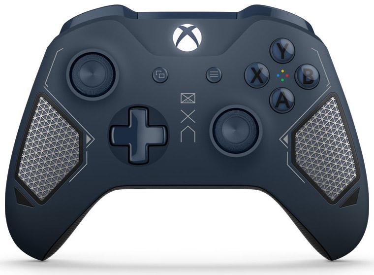 Беспроводной геймпад для Xbox One с 3,5 мм разъемом и Bluetooth (Patrol tech)Вооружайся беспроводным геймпадом Xbox Patrol Tech Special Edition. Геймпад отличается классным армейским дизайном в темно-синих тонах и оснащен удобными прорезиненными рукоятками. Назначай кнопки по-своему и играй где угодно, ведь дальность действия увеличилась почти в 2 раза! Подключи к 3,5-мм стереогнезду любую совместимую гарнитуру. А благодаря интерфейсу Bluetooth® с этим геймпадом можно играть в любимые игры на ПК и планшетах с Windows 10.<br>
