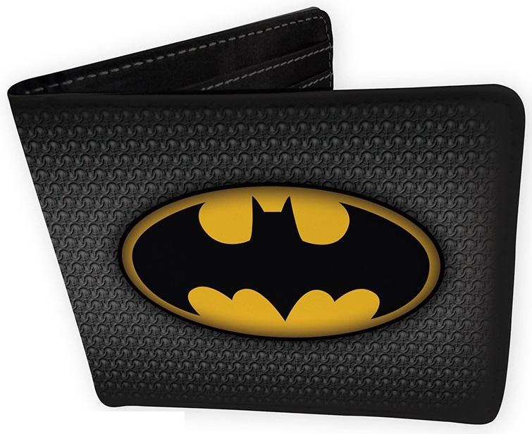 Кошелек DC Comics: Batman SuitКошелек DC Comics: Batman Suit создан по мотивам вселенной DC Comics, на нам изображен логотип одного из самых известных супергероев – Бэтмена.<br>
