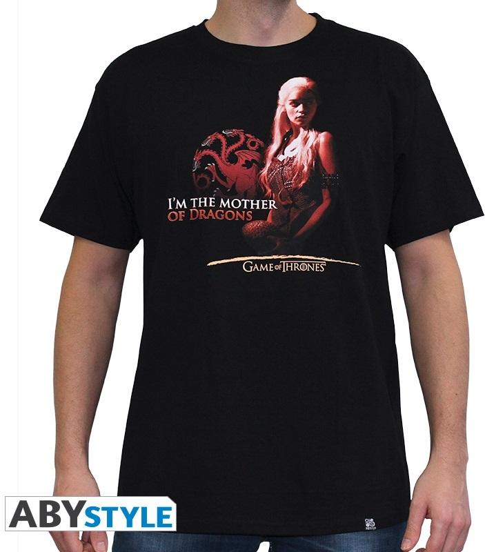 Футболка Game Of Thrones: Mother Of Dragon (черный)На футболке Game Of Thrones: Mother Of Dragon черного цвета размера L изображена Дейнерис Таргариен, мать драконов.<br>