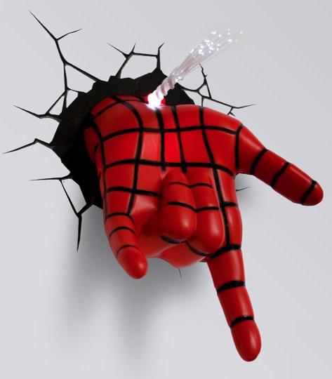 3D-Светильник Spiderman HandБудьте оригинальны в выборе подарка! Если вы хотите преподнести нечто неординарное, то обратите внимание на 3D светильник от 3DLightFX, выполненный в виде руки Человека-Паука, которая буквально въехала в стену, оставив на ней трещины.<br>