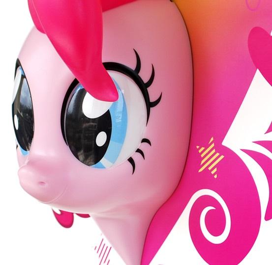 3D-Светильник My Little Pony: Pinkie PieБудьте оригинальны в выборе подарка! Если вы хотите преподнести нечто неординарное, то обратите внимание на 3D светильник от 3DLightFX, выполненный в виде пони Pinkie Pie.<br>