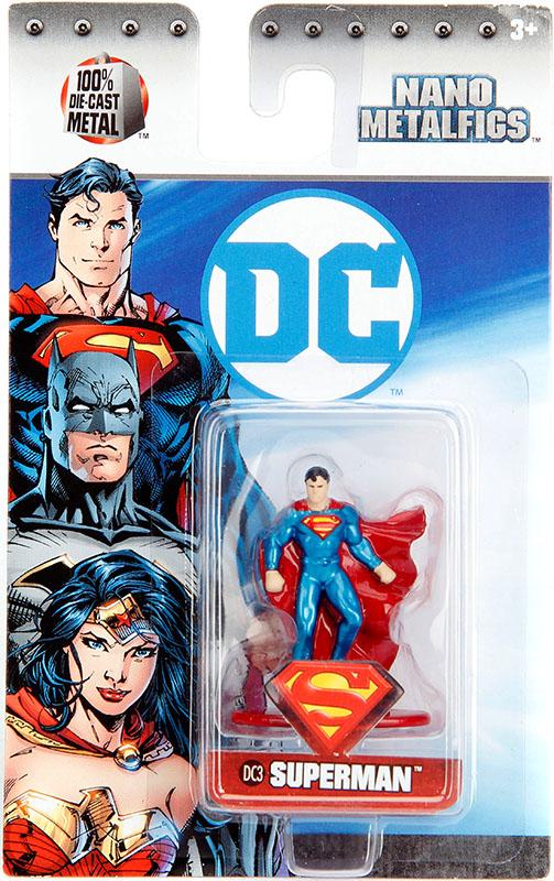 Фигурка Superman (4 см)Экшен-фигурка Супермена, основанная на дизайне персонажа в фильме «Бэтмен против Супермена: На заре справедливости».<br>