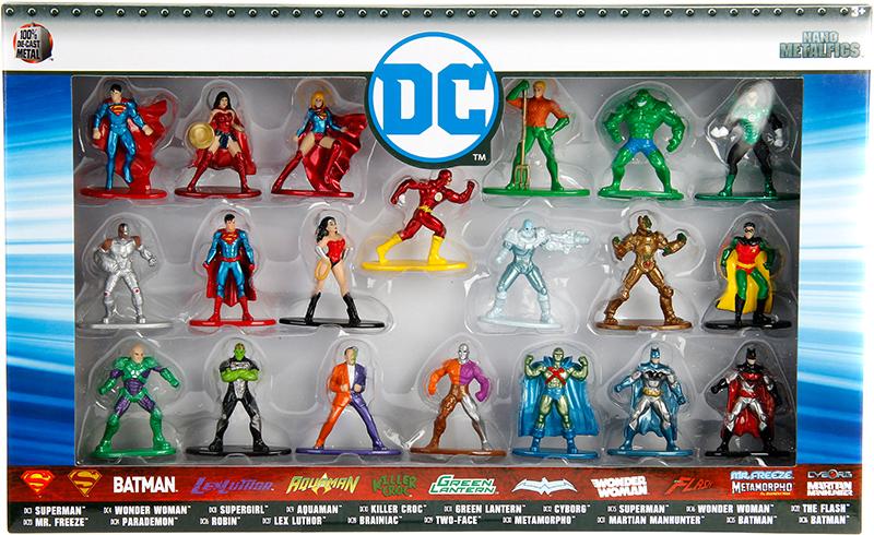 Набор фигурок DC 20-Pack (4 см) набор фигурок dc comics batman wonder woman superman 3 в 1 17 см