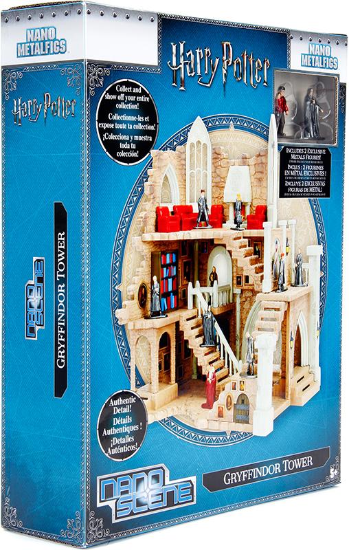 Набор фигурок + подиум Harry Collectors EnviromentДля поклонников Гарри Поттера представляем подиум Harry Collectors Enviroment в виде Гриффиндорской башни. Он поставляется с эксклюзивными фигурами Гарри Поттера и профессора Снейпа<br>