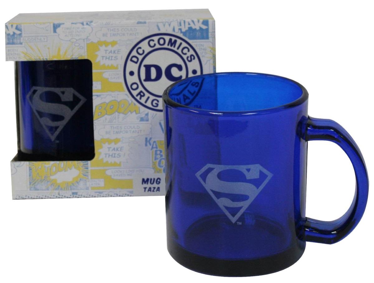 Прозрачная кружка СуперменПрозрачная кружка Супермен создана по мотивам комиксов вселенной издательства DC, на ней изображен логотип одного из самых известных супергероев – Супермен.<br>