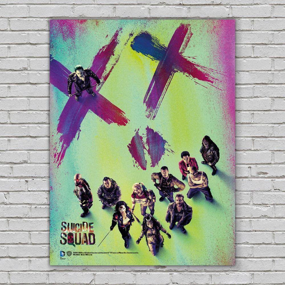 Стеклянный постер Отряд самоубийцСтеклянный постер Отряд самоубийц из закаленного стекла создан по мотивам супергеройского боевика режиссёра Дэвида Эйера, который является экранизацией одноимённых комиксов издательства DC.<br>