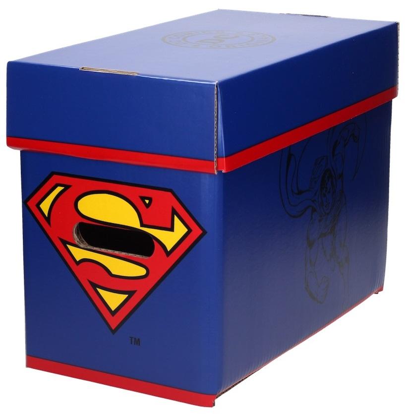 Бокс для хранения комиксов СуперменБокс для хранения комиксов Супермен создан по мотивам комиксов вселенной издательства DC, на нем изображен один из самых известных супергероев – Супермен.<br>