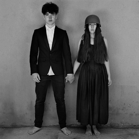 U2 – Songs Of Experience (2 LP)Songs Of Experience – четырнадцатый студийный альбом ирландской рок-группы U2 вышедший 1 декабря 2017 года.<br>