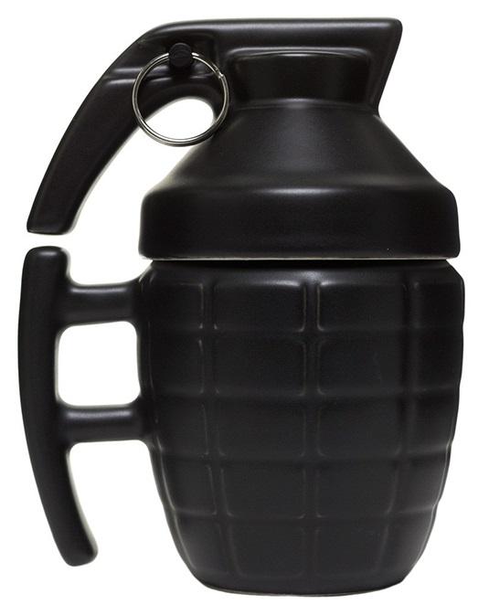 Кружка Граната (чёрная) (280 мл)Оригинальная керамическая кружка в виде чёрной гранаты – самый оригинальный подарок любителям поиграть в стрелялки.<br>