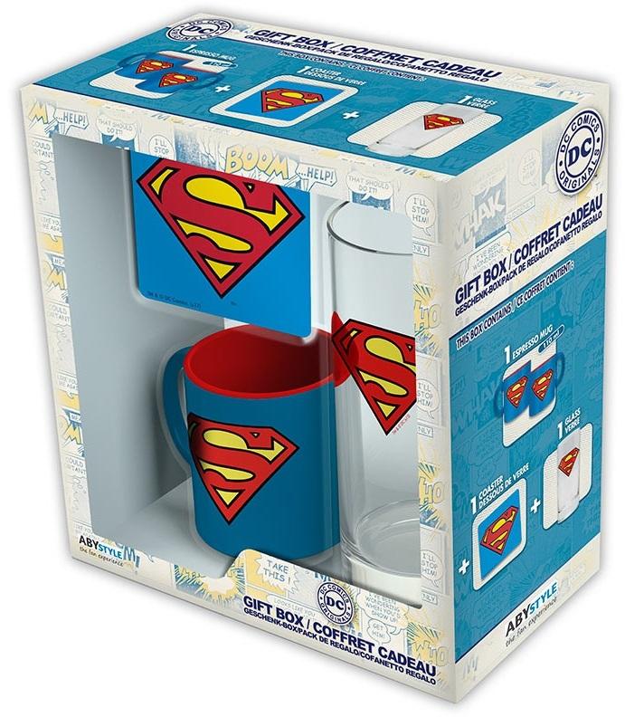 Подарочный набор Superman (кружка, стакан, подставка)Подарочный набор Batman создан по мотивам серии комиксов и фильмов вселенной DC об одном из самых популярных супергероев – Супермене.<br>