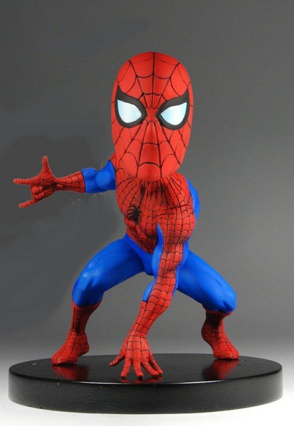 Фигурка Head Knocker Studio Marvel: Spider-Man (13 см)Фигурка Head Knocker Studio Marvel: Spider-Man создана по мотивам супергеройского фильма 2002 года от режиссёра Сэма Рэйми «Человек-паук».<br>