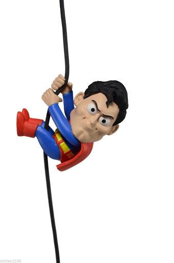 Фигурка Scalers Mini Figures. Wave 3. Superman (Characters) (5 см)Фигурка Scalers Mini Figures. Wave 3. Superman (Characters) с высоким уровнем детализации воплощает собой Супермена.<br>