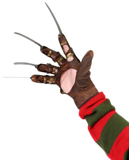 Копия перчатки Nightmare On Elm Street 3 Dream Warriors. Freddy GloveКопия перчатки Nightmare On Elm Street 3 Dream Warriors. Freddy Glove &amp;ndash; копия перчатки Фредди Крюгера &amp;ndash; культового маньяка-убийцы, главного отрицательного персонажа серии фильмов ужасов &amp;laquo;Кошмар на улице Вязов&amp;raquo;.<br>