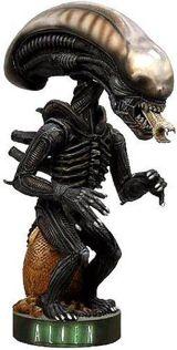 Фигурка Alien Warrior Extreme Head Knocker (18см)