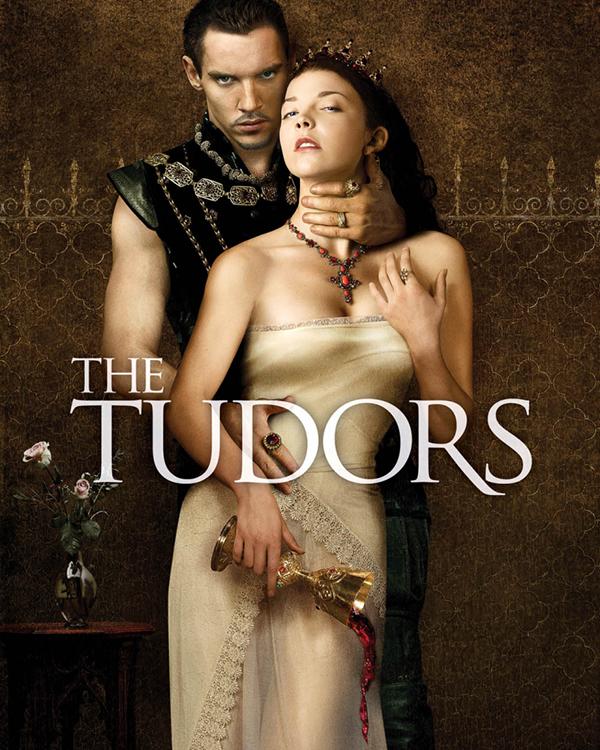 Тюдоры (Цифровая версия)Новая игра по мотивам знаменитого сериала «Тюдоры» перенесет вас в сердце политических интриг средневековой Европы. Теперь вы – лучший шпион английского короля Генриха VIII.<br>
