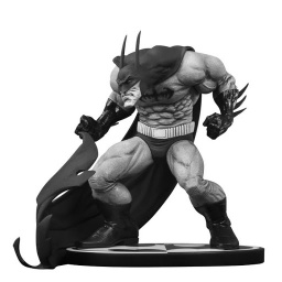 Фигурка Batman Black & White. Statue Batman by Sam Keith (15 см)