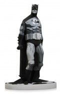 Фигурка Batman Black & White. Statue By Mike Mignola (19 см)