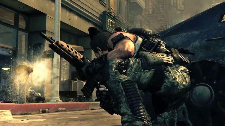 Call of Duty Ghosts + Black Ops II.