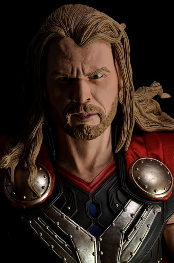 Фигурка Avengers 1/4 Thor Dark World (30 см)