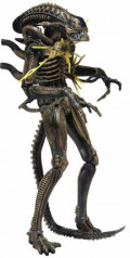 Фигурка NECA: Aliens Series 12 – Xenomorph Warrior Battle Damaged (Brown) (18 см)