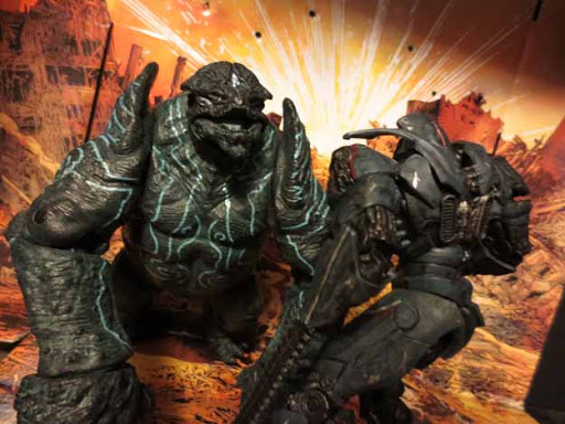 Фигурка Pacific Rim Series 2 Leatherback Kaiju (18 см)